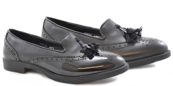 Just come in now!! Slip on low heel brogue shoes with a small front tassel. Great for work or everyday - ONLY £14.99!! http://shoesdays.co.uk/collections/flat-shoes-homepage