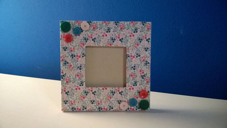 Handmade cardboard frame.. If you like it, visit my Dawanda shop :)