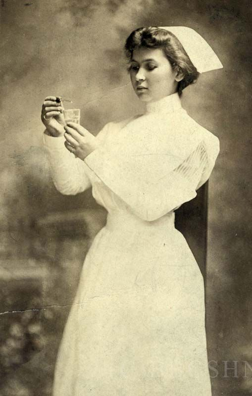 Student nurse, Jewish Hospital Training School for Nurses, Albert Einstein Medical Center, Philadelphia, 1910