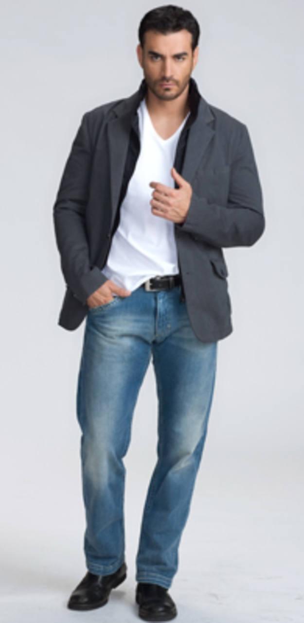 David Zepeda! dr.beno wicaksono maybe @Ika Natassa :D