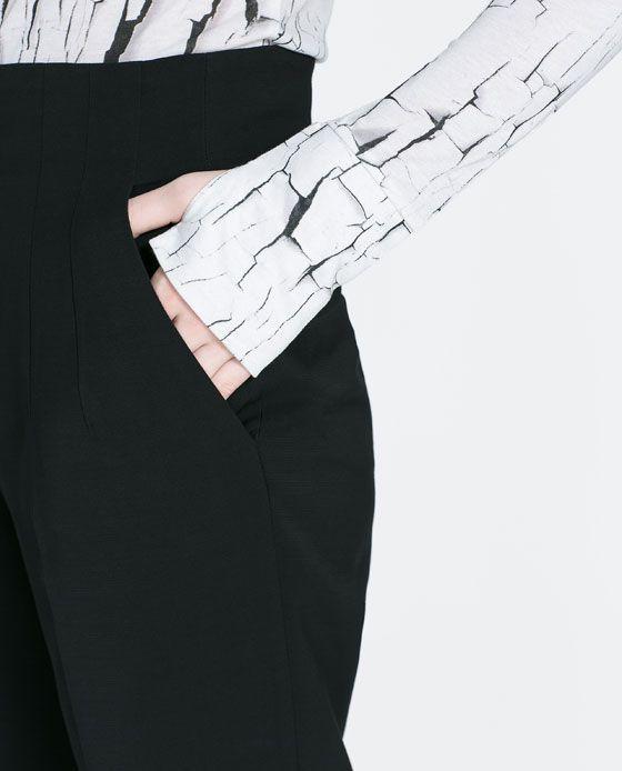 White Crackle Print Tshirt by Zara.