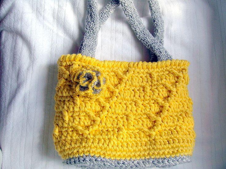 Weiteres - Häkeltasche, Handtasche, Schultertasche, gefüttert - ein Designerstück von Majoni bei DaWanda