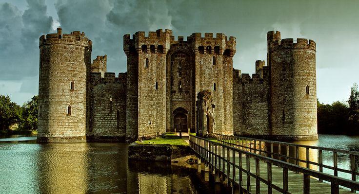 Замок Бодиам, Восточный Сассекс, Великобритания