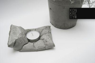 concret pillow design_ art design shwroom of #KONKRETY on www.pickarter.com