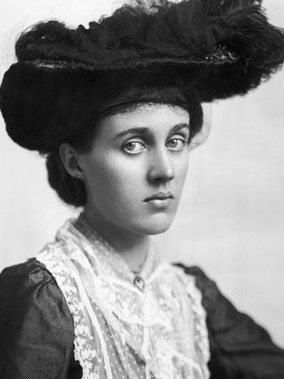 """Unlike her (Virginia Wolf) sister, Vanessa Bell, seen here circa 1910, didn't keep a journal. """"Her voice is largely unheard and I was really interested in that,"""" Priya Parmar says."""
