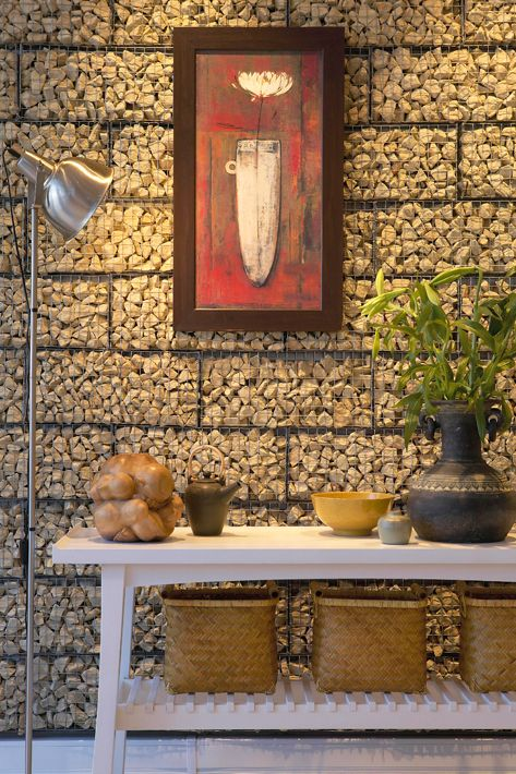 DIY:: Build a stone wall  Do it Yourself in three simple steps!