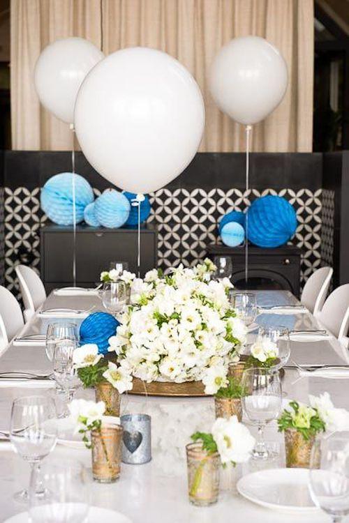 Como decorar una primera comunion marinera en azul blanco - Como decorar una mesa de comunion ...