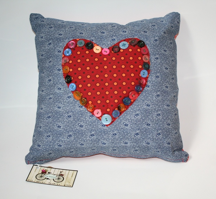 Shwe-shwe cushion with button heart
