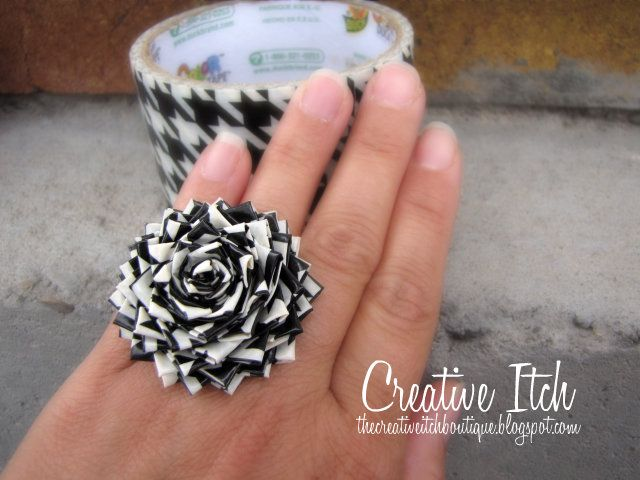 Isn't it amazing what you can make with duct tape? This Houndstooth ring is unique and stylish. #udderlysmooth #crafts