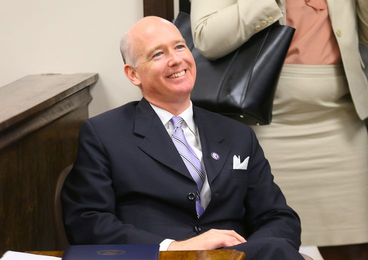 Congressman Robert Aderholt In Cullman For Washington Update  Alabama's 4th District United States Congressman Robert Aderholt will be in Cullman early Wednesday morning.  The forum is free; it is open to the public.  Congressman Robert Aderholt In Cullman For Washington UpdateLocation: Wal-Mart Distribution Center Room      Cullman Area Chamber of Commerce, 301 2nd Ave SW, Cullman  Date: Wednesday, January 18, 2017  Time: 8:00 am to 9:00 am  Sponsor: Cullman Electric Cooperative
