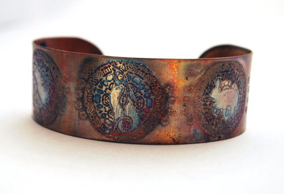 Geätzte Kupfer Manschette Armband  Moongazing Hase von annamcdade
