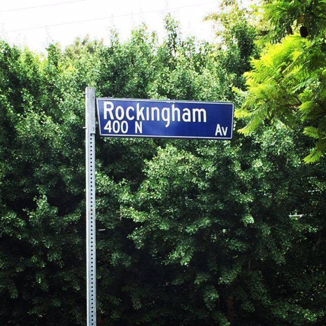 Anyone familiar with the O.J. Simpson trial, will certainly recognize the name Rockingham Avenue in Brentwood. This can be included in our Underbelly LA tour which focuses on the famous murders, overdoses, deaths and scandals.  #GlitteratiToursLA