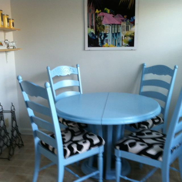 Refurbished Kitchen Table And Chairs