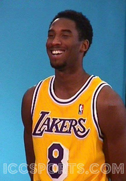 Nice Kobe Bryant photos - http://weheartlakers.com/?p=22707