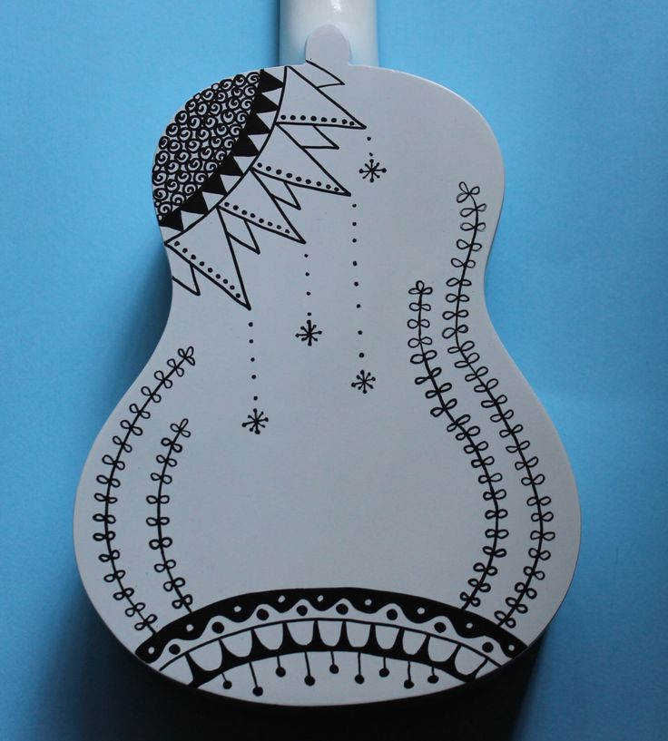 handpainted ukulele black and white zentangleinspired