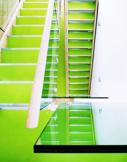 Green Stairs #Treppen #Stairs #Escaleras repinned by www.smg-treppen.de