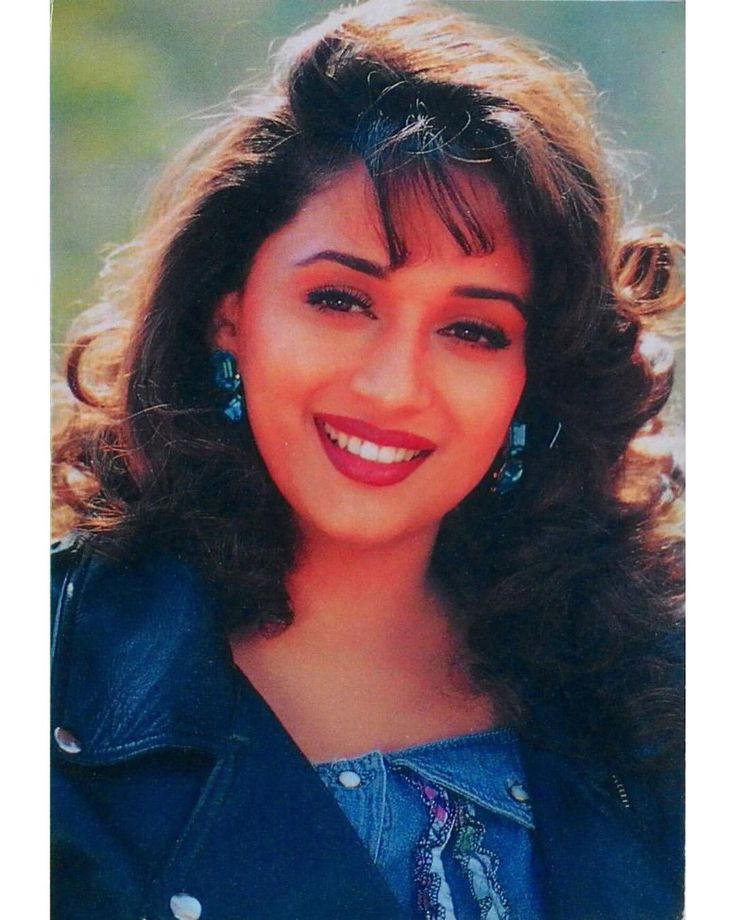 1 Likes 1 Comments Muvyz Com Muvyz On Instagram Madhuridixit Bollywoodflashback Diva Postcard Whichmuvyz Gue Madhuri Dixit Beauty Guess The Movie