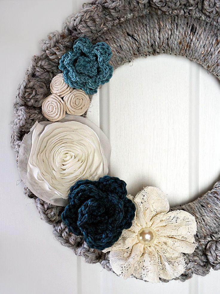 Crochet Wreath for Fall - Cur-io                                                                                                                                                                                 Mais