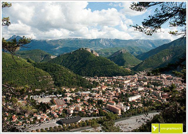 Digne-Les-Bains, Alpes de Haute-Provence, FRANCE via Flickr: partage de photos!