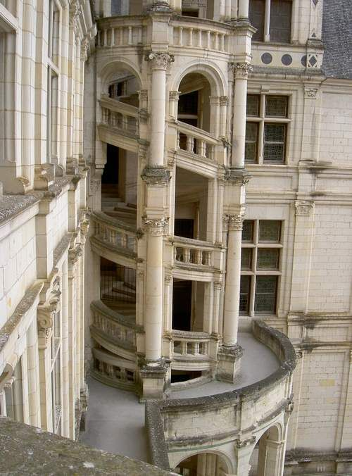 http://www.castleduncan.com/forum/index.php?/topic/1346-chambord/