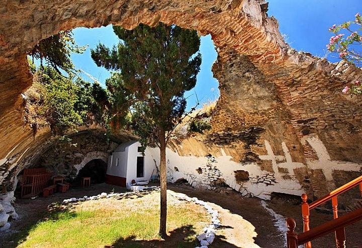 VISIT GREECE| #Nisyros #Dodecanese #islands #Greece #Mandraki