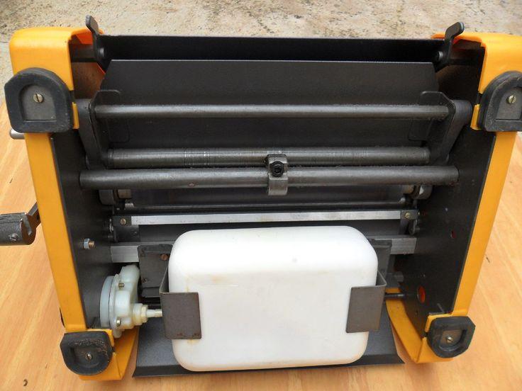 Mimeógrafo Facit Semi-novo Com Tanque De Álcool - R$ 100,00 no MercadoLivre