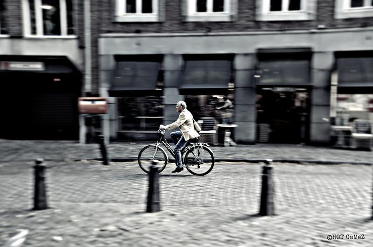 Stylish man hurrying home, Maastricht