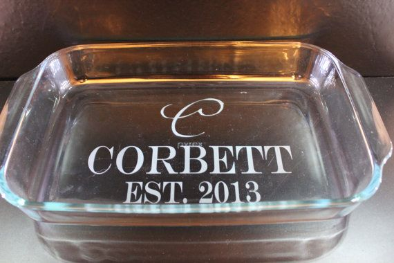 Personalized Wedding Gift 3 Qt Pyrex Baking Dish With