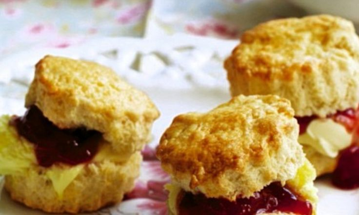 Yummy Mummy! High rise scones with strawberry jam and clotted cream