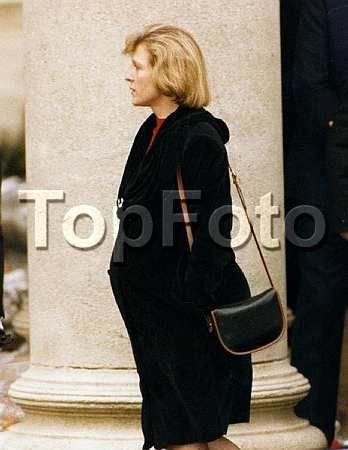 Freddie Mercury Funeral | 1991 November. Freddie Mercury funeral - Family Queen  A very pregnant Mary Austin.  This had to be the toughest time for her.