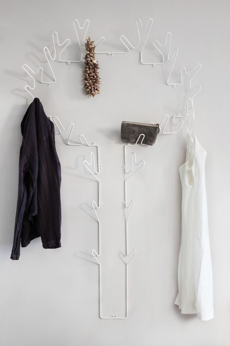 A Swedish designed clothes hanger for your bedroom or hall. Available in black, white and copper. www.mazeinterior.se