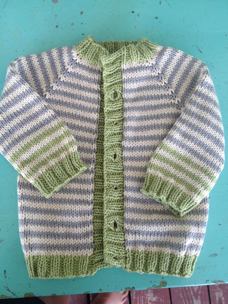 Knitting Pattern Raglan Sleeve Baby Cardigan : 1000+ images about Knitting & Crochet on Pinterest Free ...