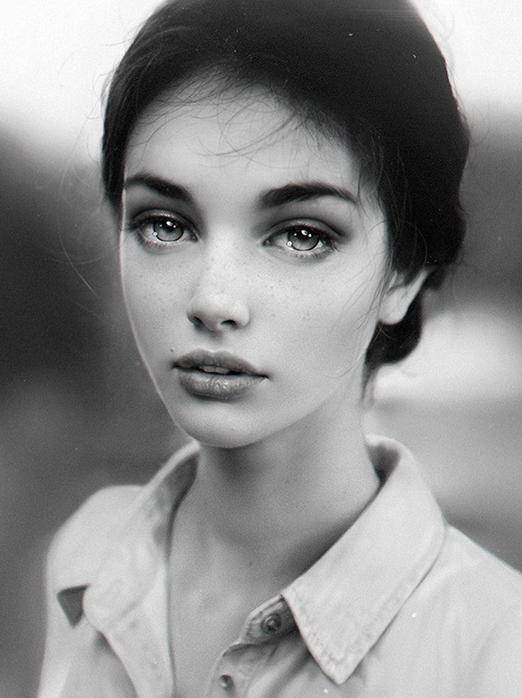 """Black & Wight"" - Irakli Nadar, 2016 {figurative realism art beautiful female head monochrome woman face cropped digital painting #loveart} nad4r.deviantart.com"