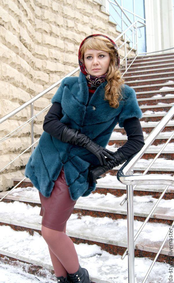 Купить ДИЗАЙНЕРСКИЕ МЕХОВЫЕ ЖИЛЕТЫ на заказ в Екатеринбурге - комбинированный, пошив мехового жилета