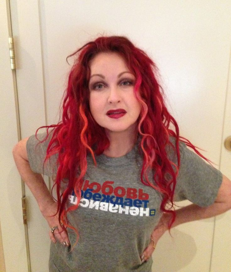 Cyndi Lauper in support of LGBT rights in Russia - and how fabulous does she looks!
