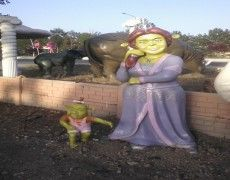 Shrek Fiona Heykeli