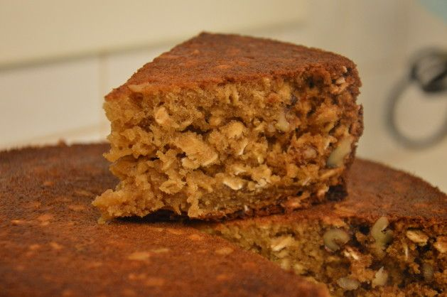 Krydderkage m. nødder og havregryn