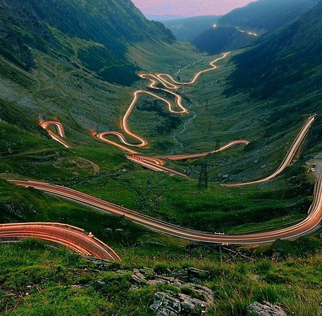 The most beautiful pictures of Romania: Transfagarasan road, one of the most beautiful driving roads in the world