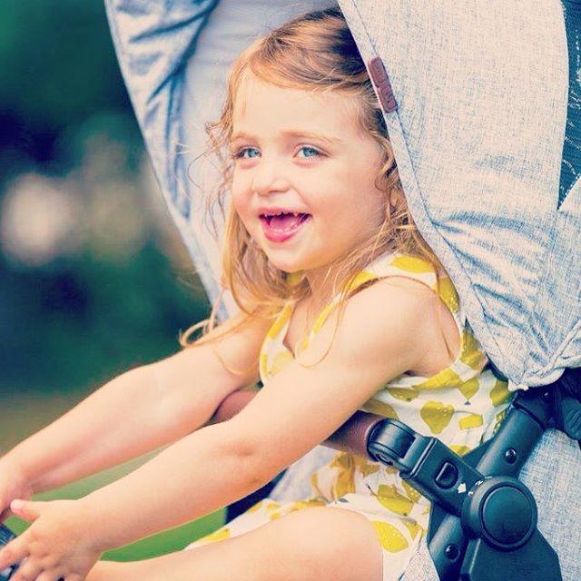#abcdesign #thinkbaby #abcdesign_zoom #zoom #zoommoments #tandem #pushchair #double #kinderwagen #geschwisterwagen #zwillingswagen #style #littlegirl #baby #smiling #lovemystroller #happy #littlemisssunshine