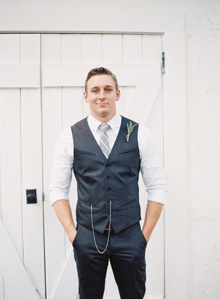 10 Ways to Style Your Groom Vintage - Pocket Watch