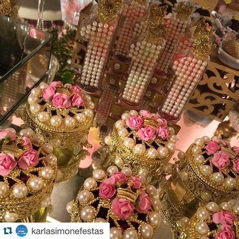 Lindooo! Porta joia e tubetes decorados . Repost @karlasimonefestas with @repostapp. ・・・ Gennntyyyyyy , muita riqueza em detalhes , tudo lindooooo para o primeiro aninho da Marinna