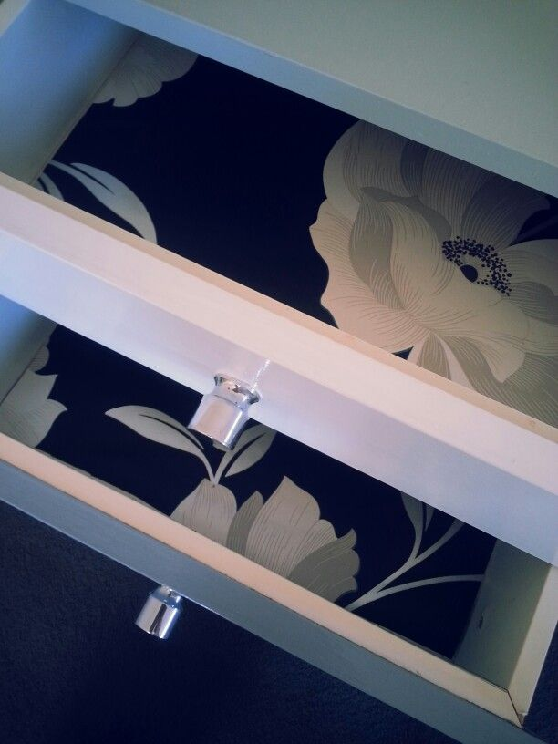 Ombre bedside tables on the inside
