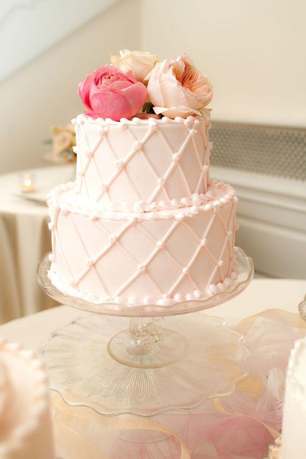 best 25 bridal shower cakes ideas on pinterest. Black Bedroom Furniture Sets. Home Design Ideas