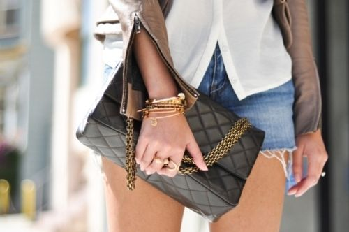 the bag that would go with casual and formal. love it