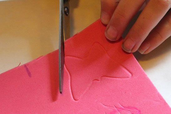 Zelf stempels maken met foam http://www.dewonderwerkplaats.nl/2014/09/stempels-maken-met-foam/
