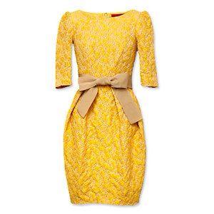 Lind@ Astrid.vestido cóctel amarillo