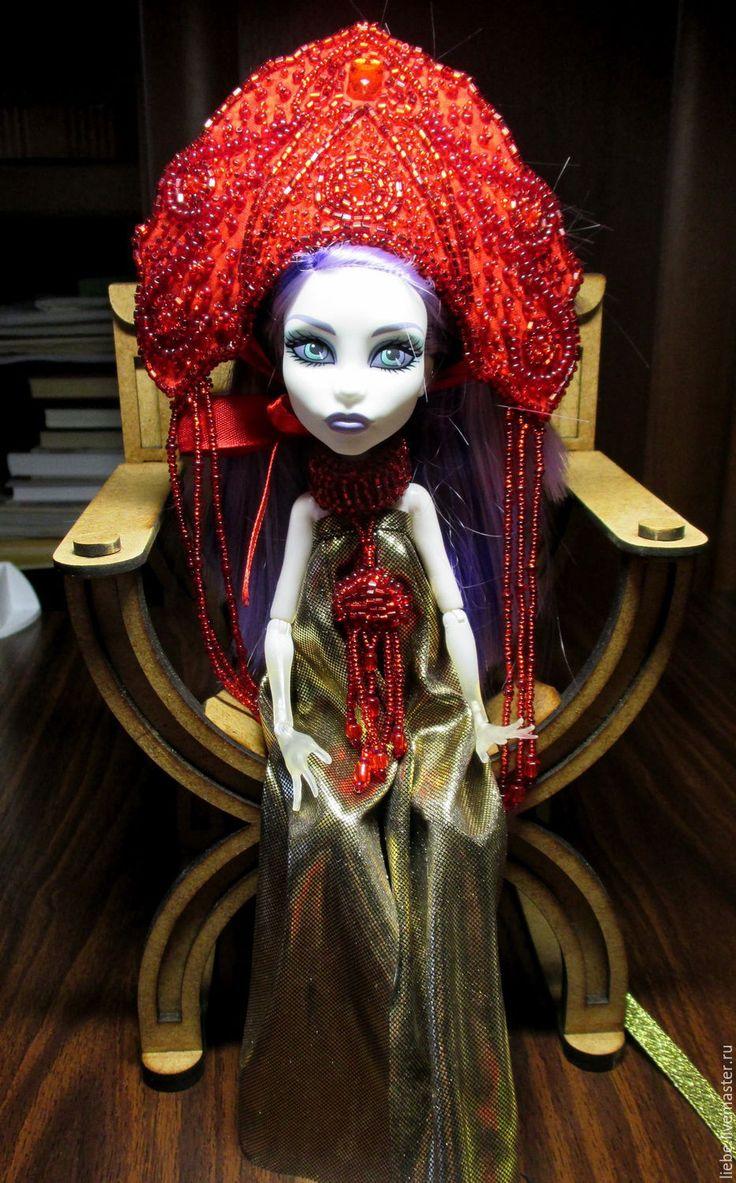 Купить Красная королева - коралловый, корона, кукла, одежда для кукол, украшения из бисера, бисер чешский