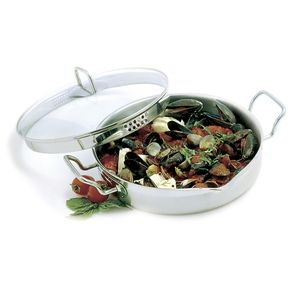 KRONA S/S 4QT EVERYTHING PAN With Straining Lid https://www.coast2coastkitchen.com/store/cooking/krona--/krona-ss-4qt-everything-pan-with-straining-lid