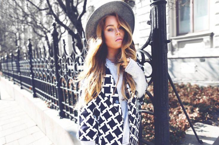 Shop the look - Angelica Blick - Baum Und Pferdgarten coat http://hoyer.no/spotted-angelica-blick/