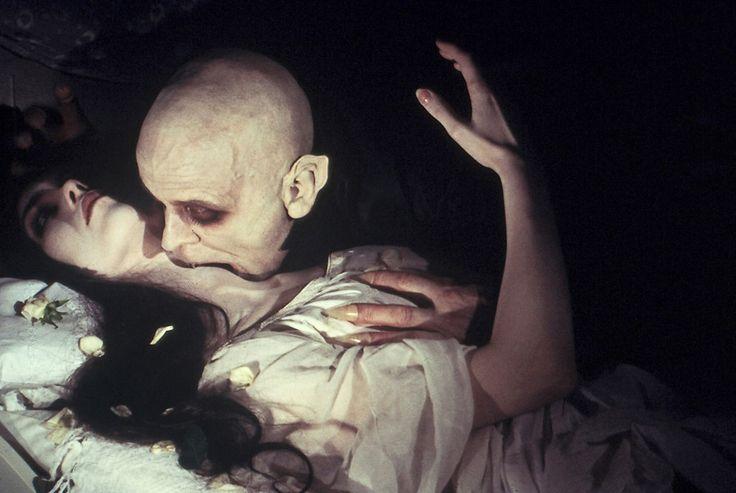 Isabelle Adjani and Klaus Kinski in Nosferatu: Phantom der Nacht directed by Werner Herzog, 1979
